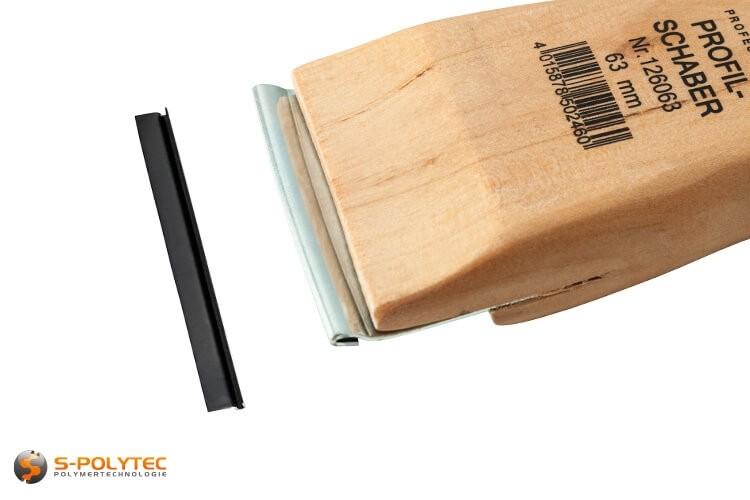 Vervangmes in 63mm breedte is geschikt voor de hoogwaardige Techno Professional profielschraper